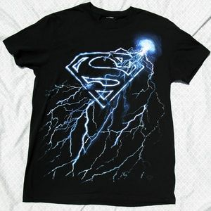 Superman lightning bolt Tee